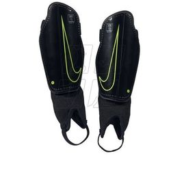 Ochraniacze piłkarskie Nike Protegga Flex Jr SP0314-010