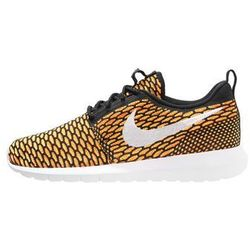 Nike Sportswear FLYKNIT ROSHE ONE Tenisówki i Trampki black/white/total orange/volt