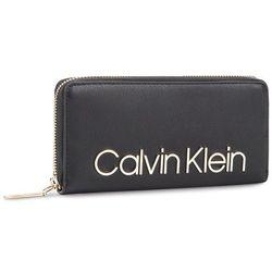 3765e340ae847 Duży Portfel Damski CALVIN KLEIN - Ck Must Lrg Bdl Zip Around K60K605468  Black 001. eobuwie.pl