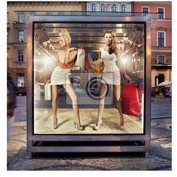 Fototapeta Dwa sklepy kobiet w oknie wystawowym