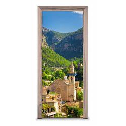 Naklejka na drzwi - Miasteczko w górach 7420