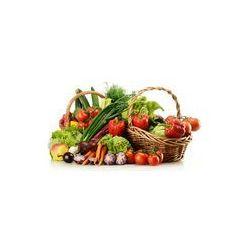 Foto naklejka samoprzylepna 100 x 100 cm - Skład z surowe warzywa i koszyk wikliny