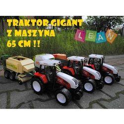 Ogromny traktor z maszyną