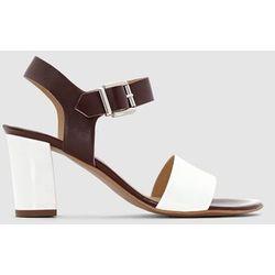 Skórzane sandały na obcasie