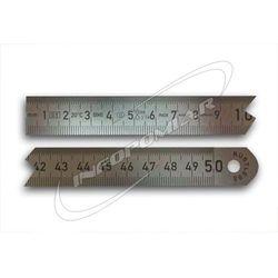 Linijka stalowa dł. 100 mm do 2000 mm , podział 1/2 mm i 1/1 mm