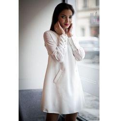 Sukienka z szyfonowymi rekawami